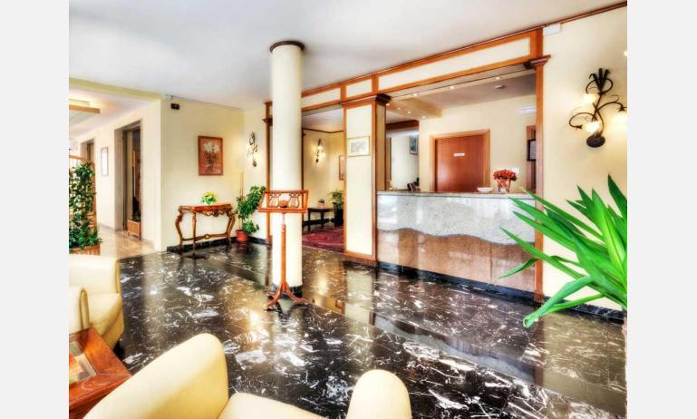 hotel VILLA D'ESTE: salone