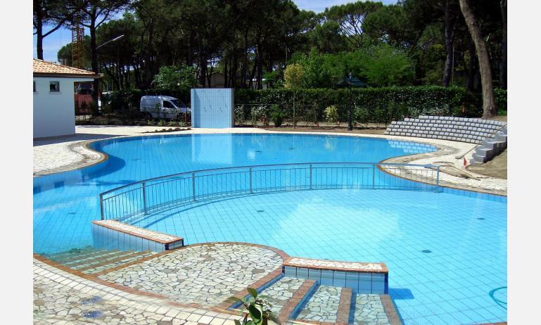 residence ACERI ROSSI: piscina