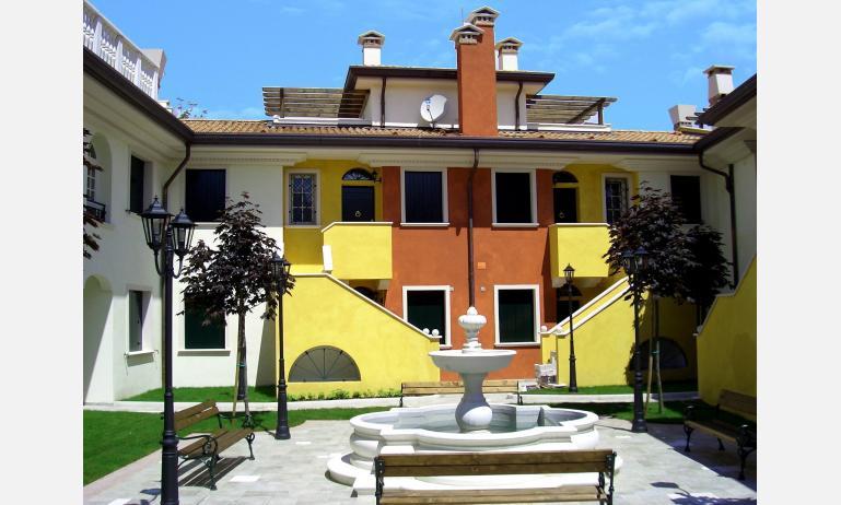 residence ACERI ROSSI: patio