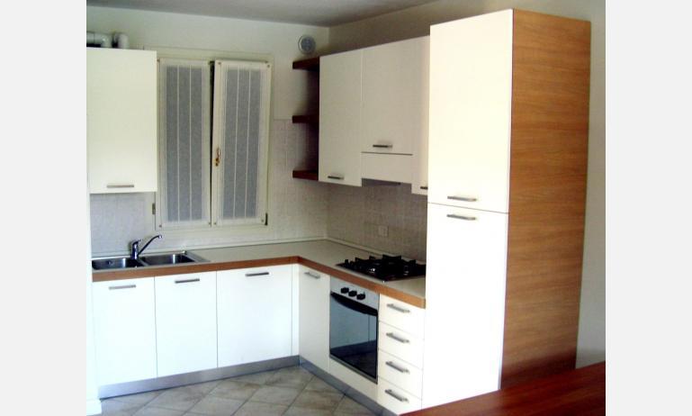 residence ACERI ROSSI: angolo cottura (esempio)