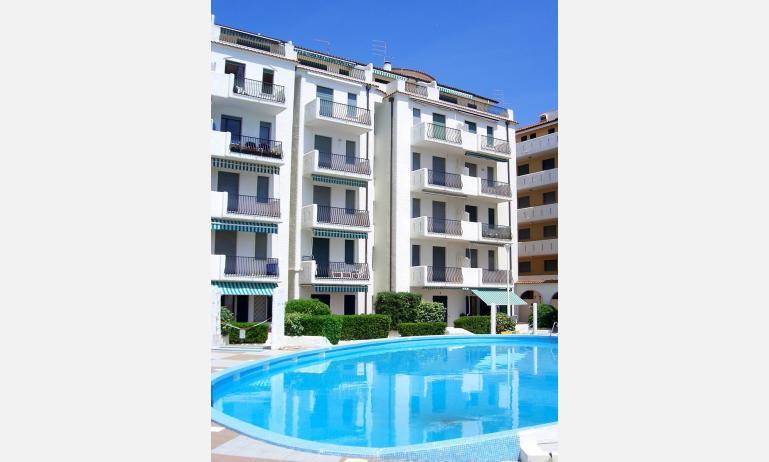 residence EL PALMAR: esterno con piscina