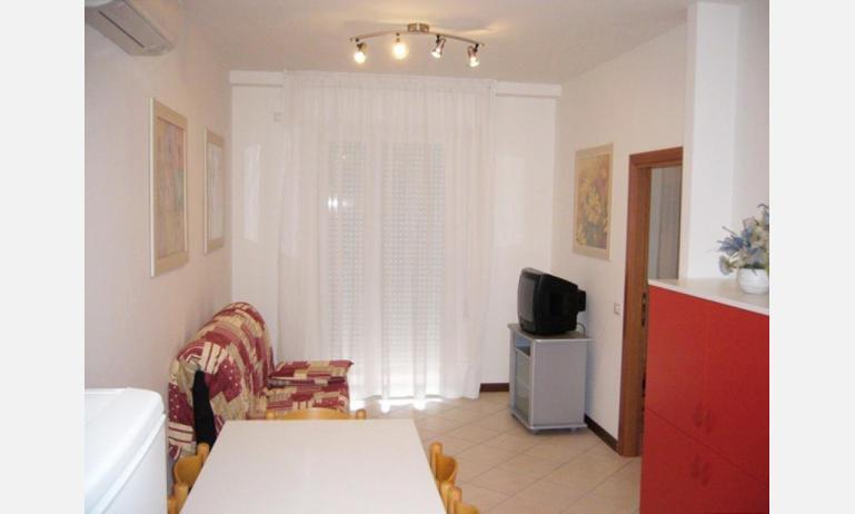 residence PUERTO DEL SOL: soggiorno (esempio)