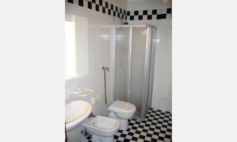 Residence PUERTO DEL SOL: Badezimmer (Beispiel)