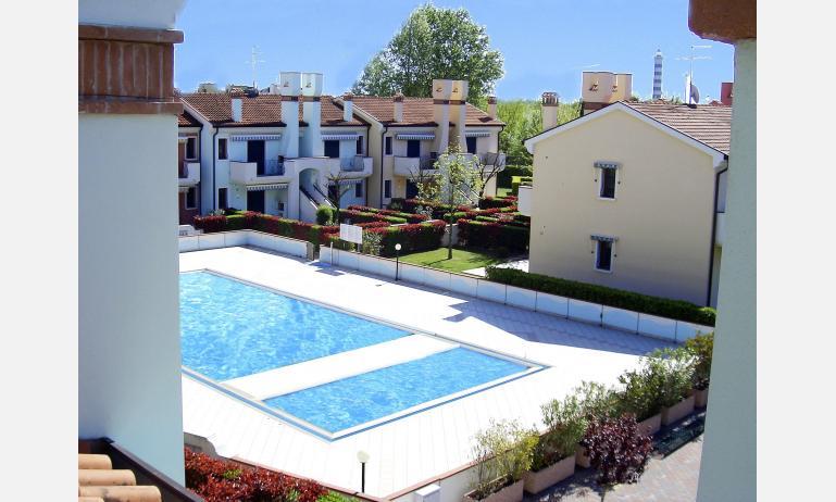 residence LE BRICCOLE: piscina