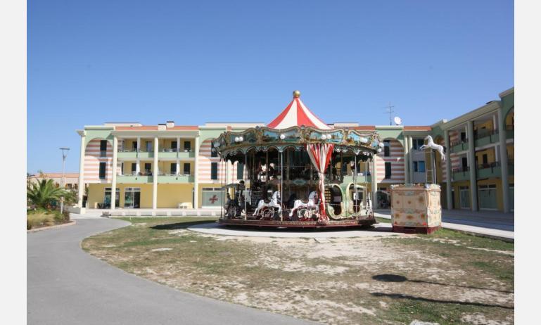 residence ALLE FARNIE: esterno condominio