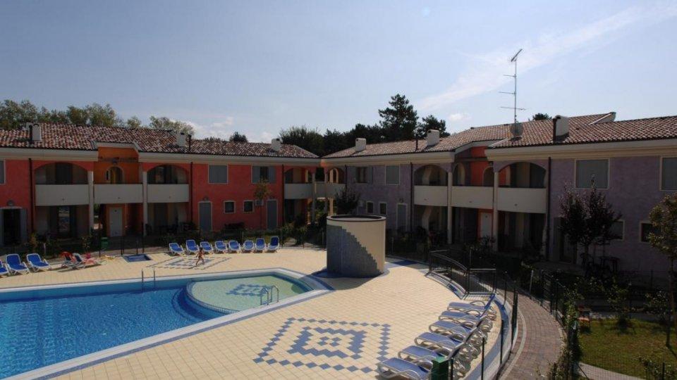 Bibione spiaggia residence tulipano - Residence riccione con piscina ...