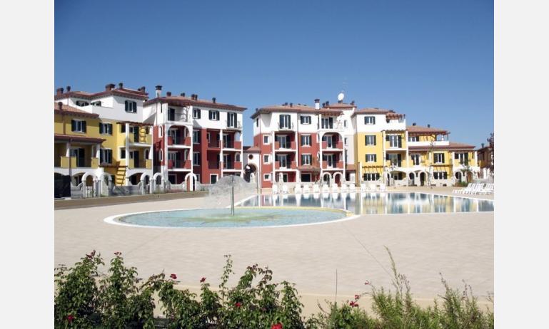 residence SANT ANDREA: piscina