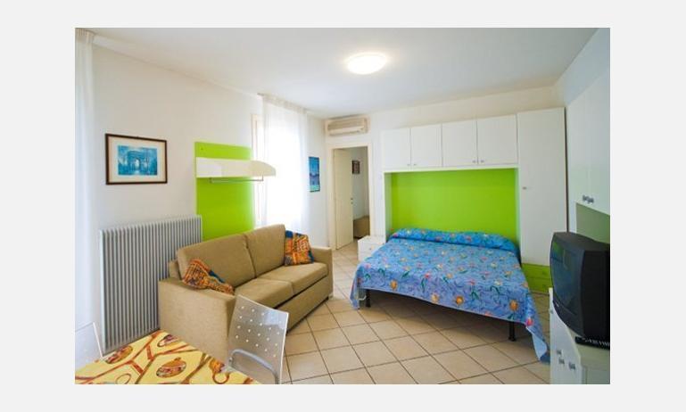 residence SOLEMAR: studio (esempio)