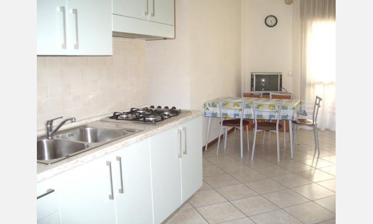 residence MEDITERRANEO: angolo cottura (esempio)