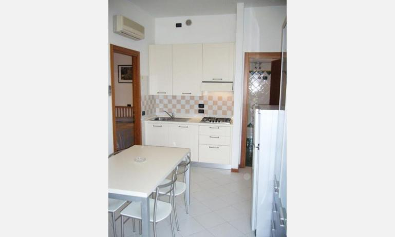 residence SEMIRAMIS: angolo cottura (esempio)