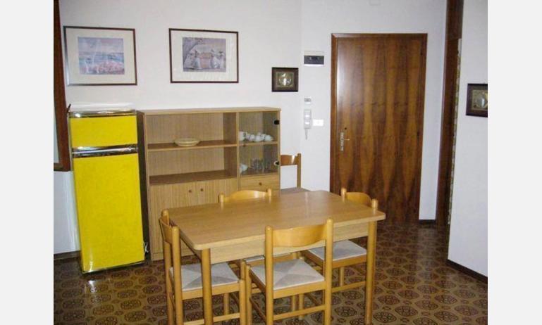 residence TORINO: soggiorno (esempio)