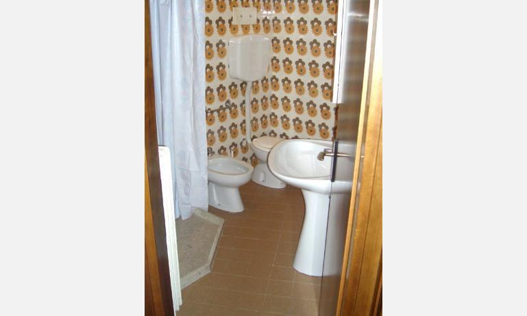 residence TORINO: bagno (esempio)