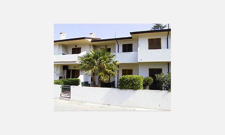 residence FRANCESCA: esterno