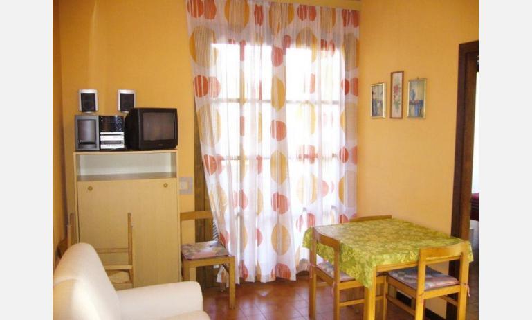 residence FRANCESCA: soggiorno (esempio)