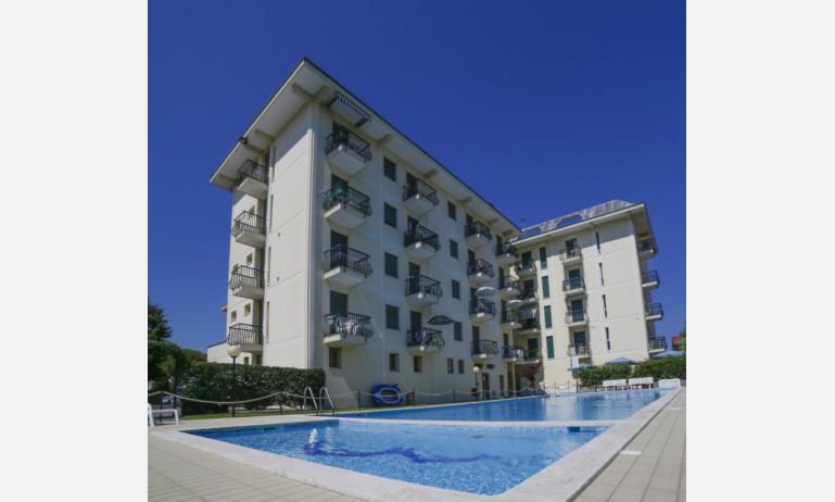 residence RUBINO: esterno condominio