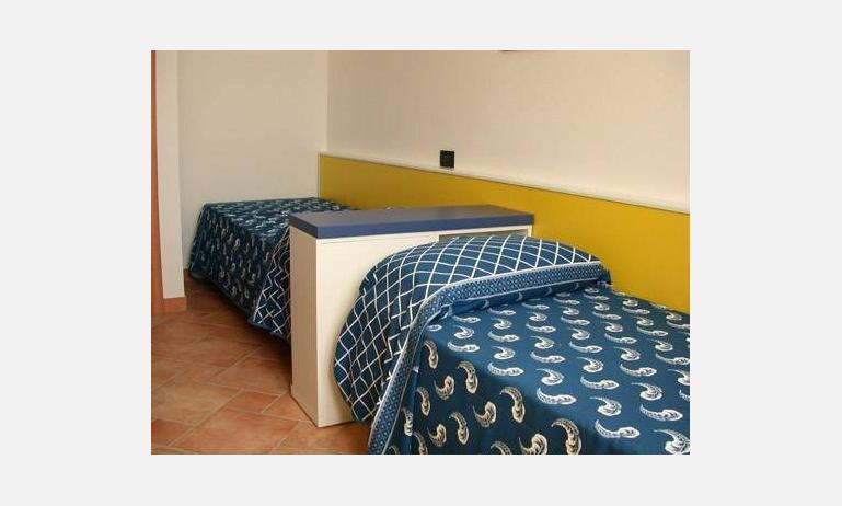 residence LE GINESTRE: camera (esempio)