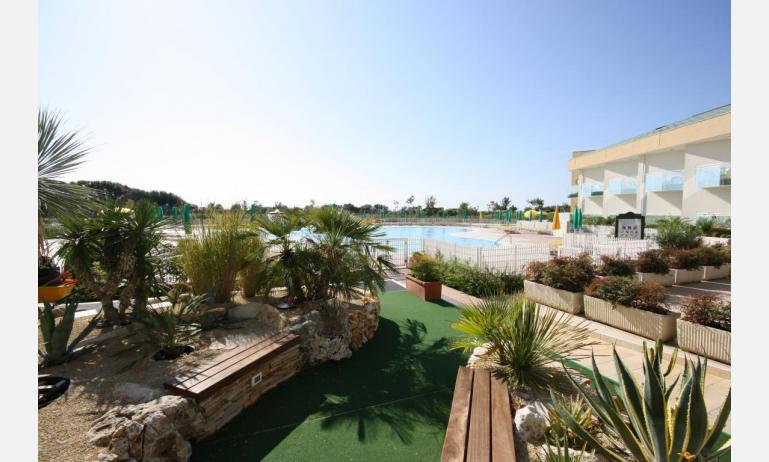 hotel MAREGOLF: area verde interna