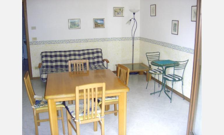 residence CRISTINA: soggiorno (esempio)