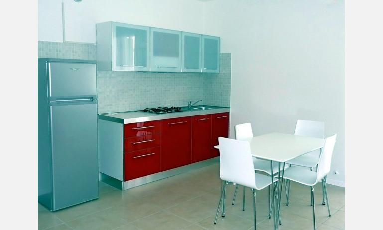 appartamenti AL MARE: angolo cottura (esempio)