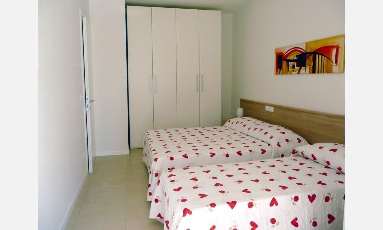 appartamenti AL MARE: camera (esempio)