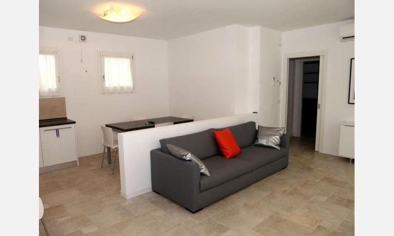 residence MEDITERRANEE: soggiorno (esempio)