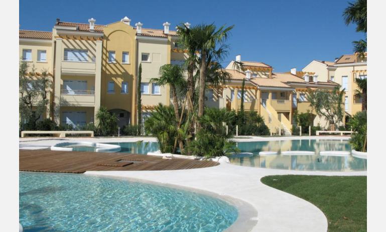 Residence MEDITERRANEE: Außenansicht der Residenz