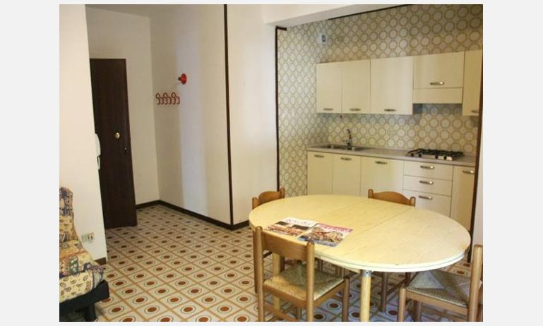 appartamenti ARISTON: angolo cottura (esempio)