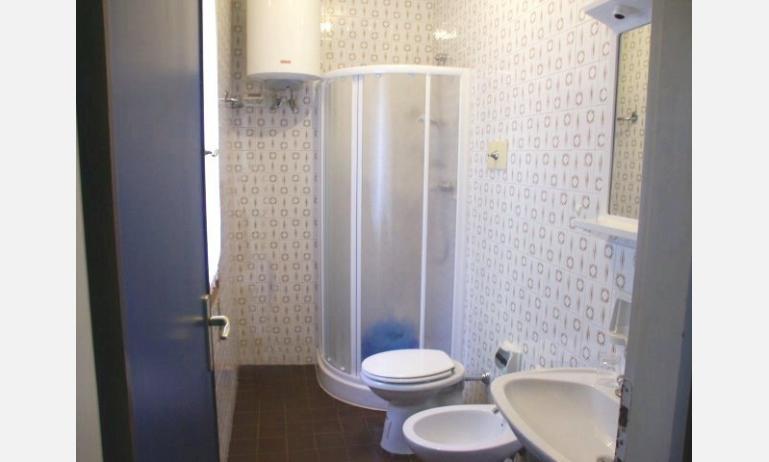 appartamenti ARISTON: bagno (esempio)