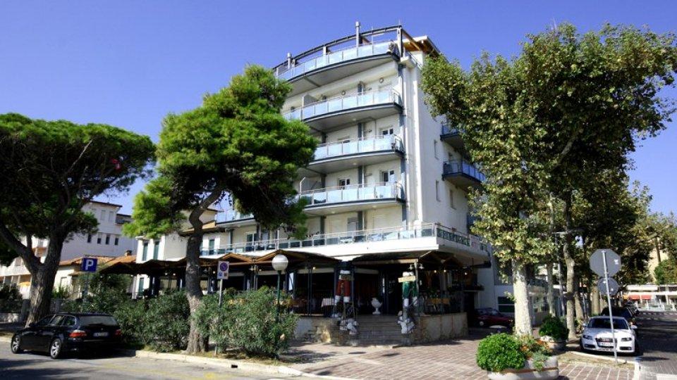 Lignano sabbiadoro appartamenti sun beach for Appartamenti lignano