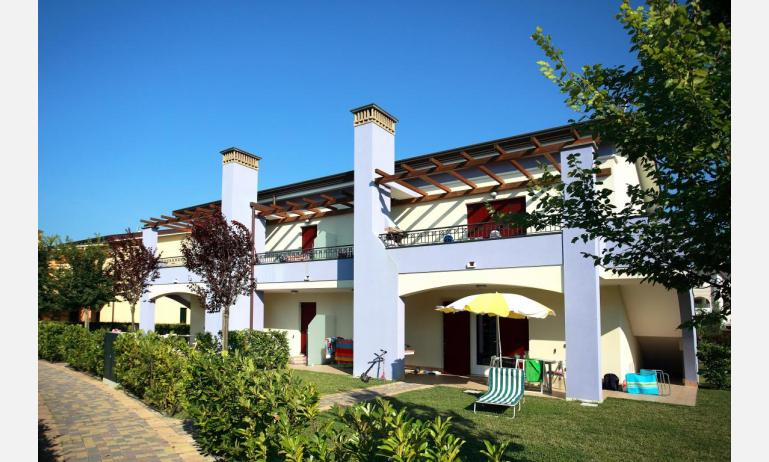 residence LE GINESTRE: external view