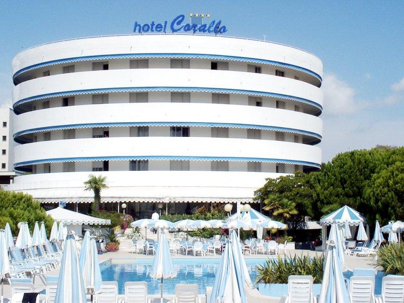 Bibione spiaggia hotel corallo - Hotel bibione con piscina ...