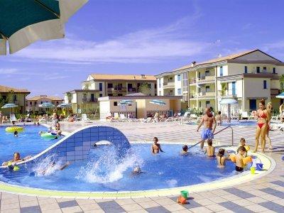 piscina (esempio)