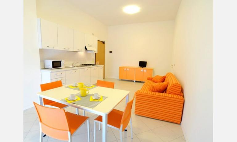 aparthotel ANTARES: soggiorno (esempio)