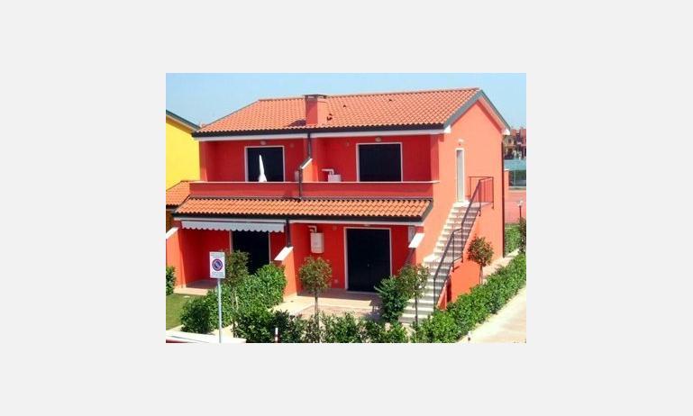 residence VILLAGGIO DEI FIORI: esterno