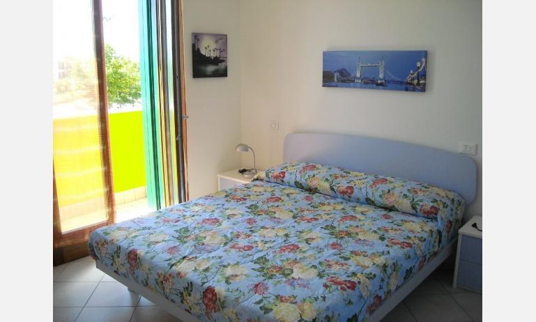 residence VILLAGGIO DEI FIORI: camera (esempio)
