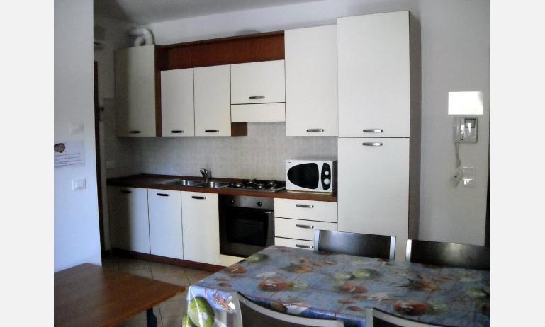 appartamenti CARAVELLE: angolo cottura (esempio)
