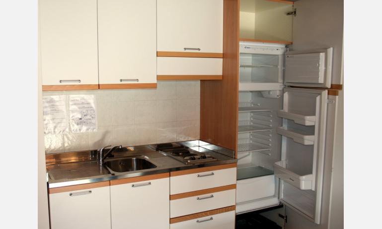 residence VILLAGGIO CA LAGUNA: angolo cottura (esempio)