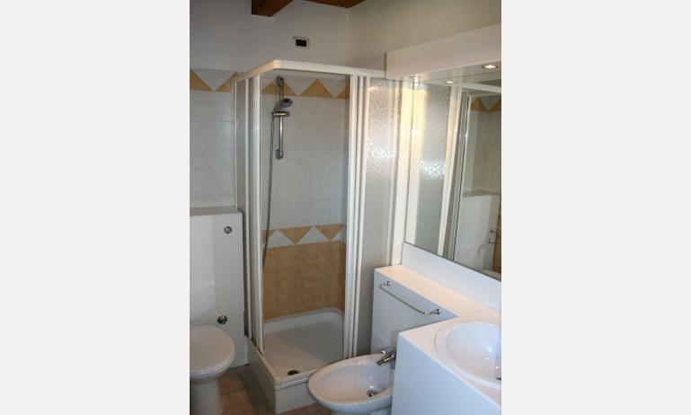 residence VILLAGGIO CA LAGUNA: bagno (esempio)