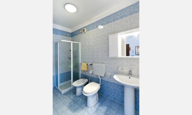 residence CRISTOFORO COLOMBO: bagno (esempio)