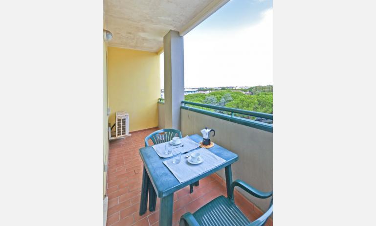 residence CRISTOFORO COLOMBO: balcone (esempio)
