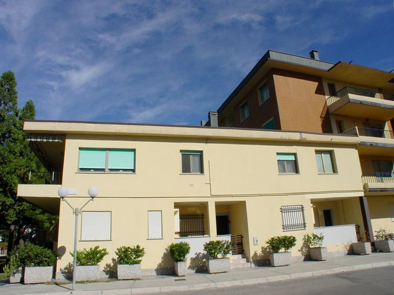 Grado appartamenti frontemare for Costo ascensore esterno 4 piani