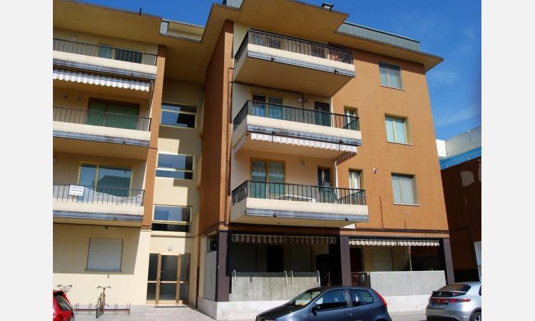 appartamenti FRONTEMARE: esterno