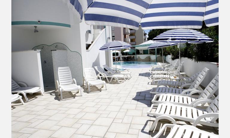 hotel GRAN VENERE BEACH: swimming-pool