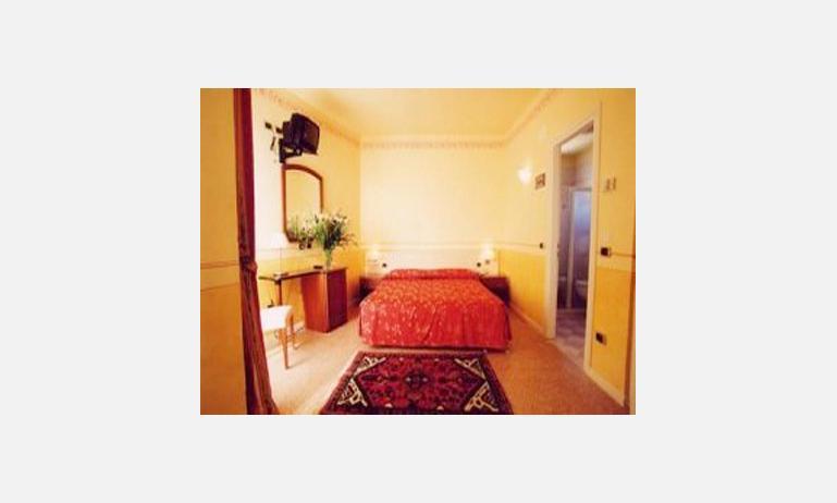 hotel KARINZIA: camera standard VM (esempio)