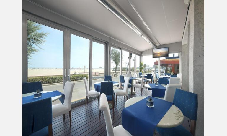 hotel KARINZIA: sala colazioni