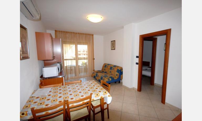 residence ALESSANDRO: soggiorno (esempio)