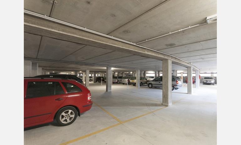 residence GALLERIA GRAN MADO: parcheggio