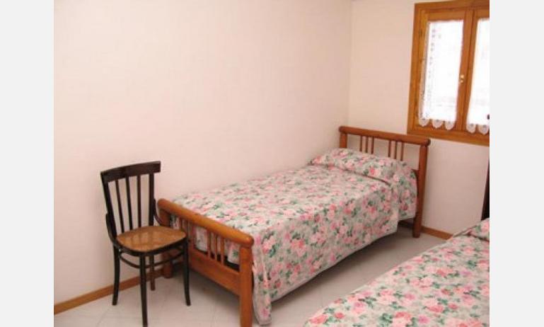 residence LE CONCHIGLIE: camera (esempio)