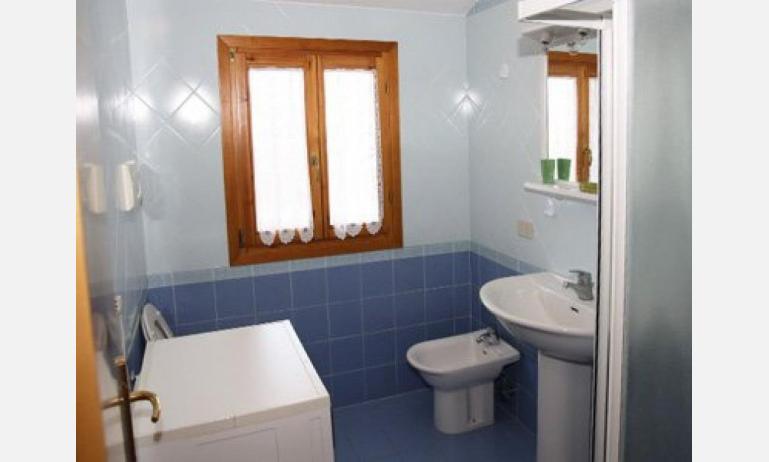 residence LE CONCHIGLIE: bagno (esempio)