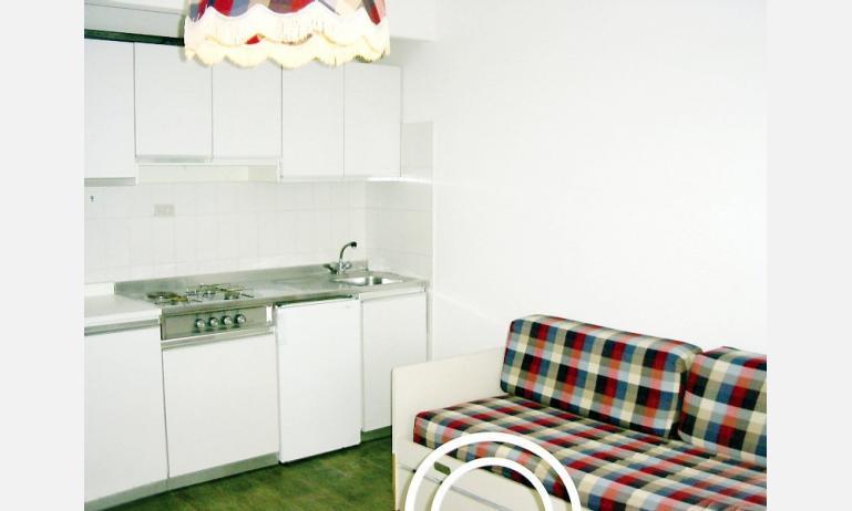 residence SELENIS: angolo cottura (esempio)